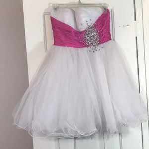 Size 6, Sherri Hill pink & white formal dress.